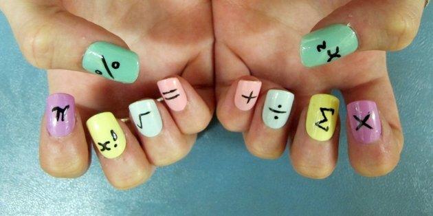 gallery_big_mathematical-nail-art